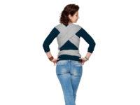 Kvinna med bärsjal i stretch